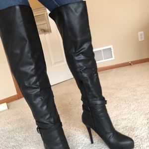 Sexy Aldo OTK boots 7.5 like new